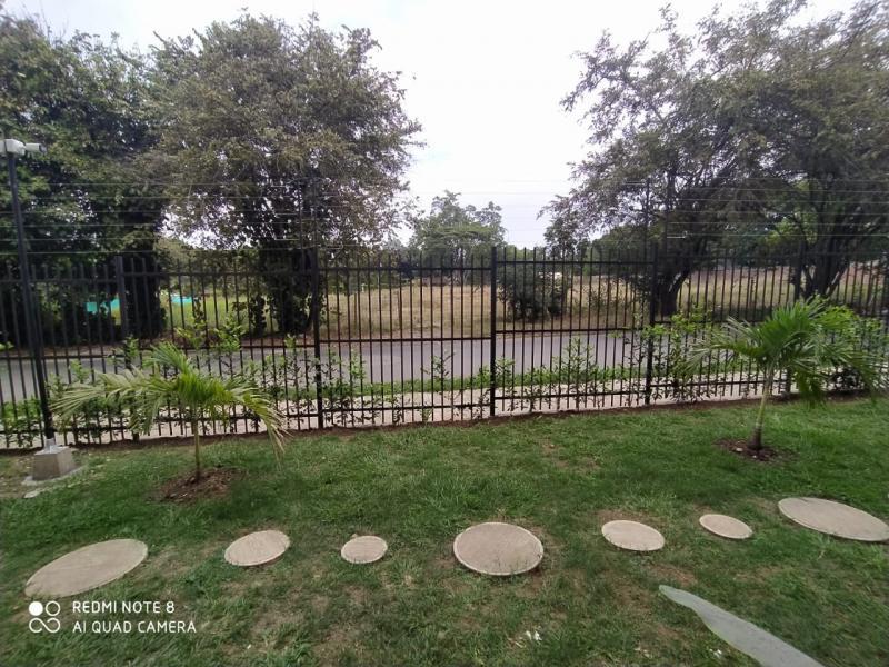 Imagen https://pictures.domus.la/inmobiliaria_301/92345_18_385565.jpg