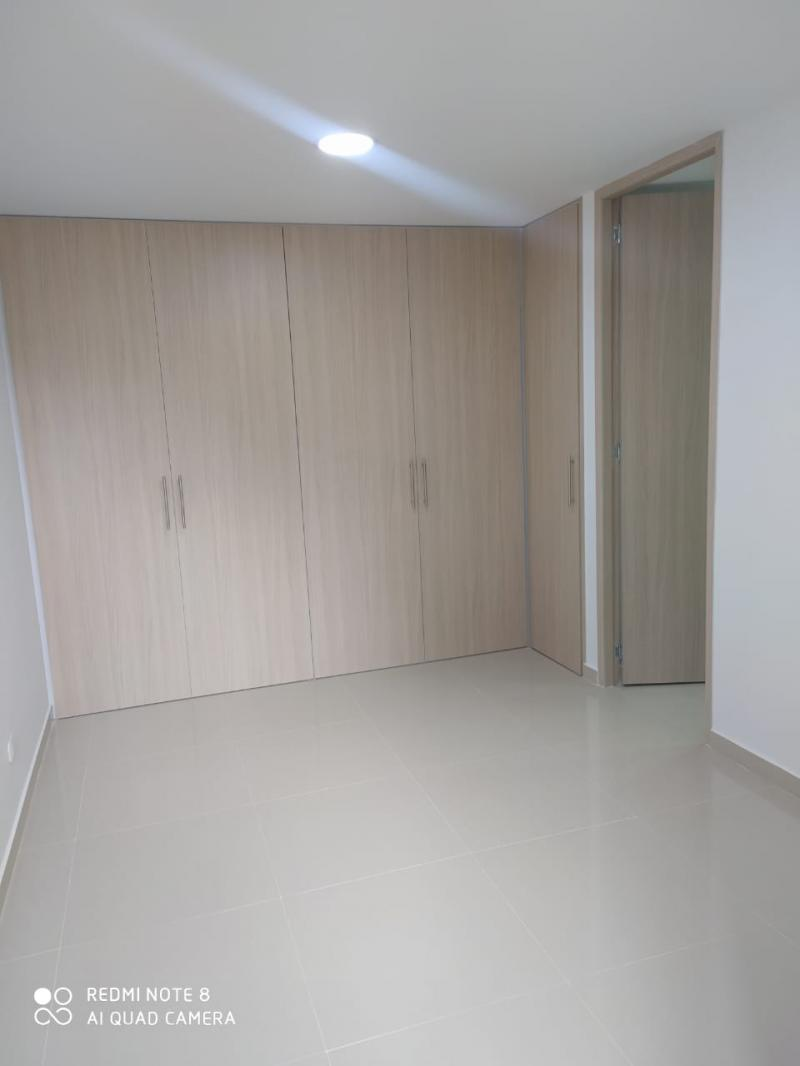Imagen https://pictures.domus.la/inmobiliaria_301/92345_4_52481898.jpg