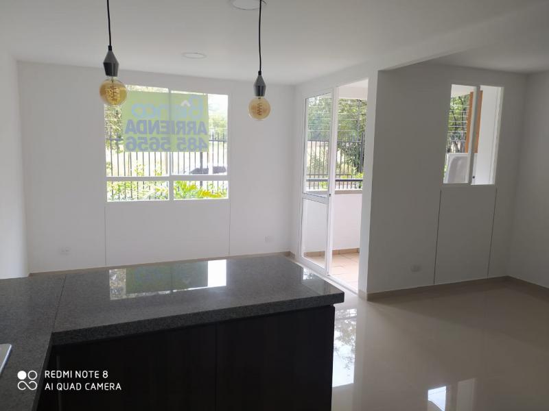 Imagen https://pictures.domus.la/inmobiliaria_301/92345_6_64388153.jpg