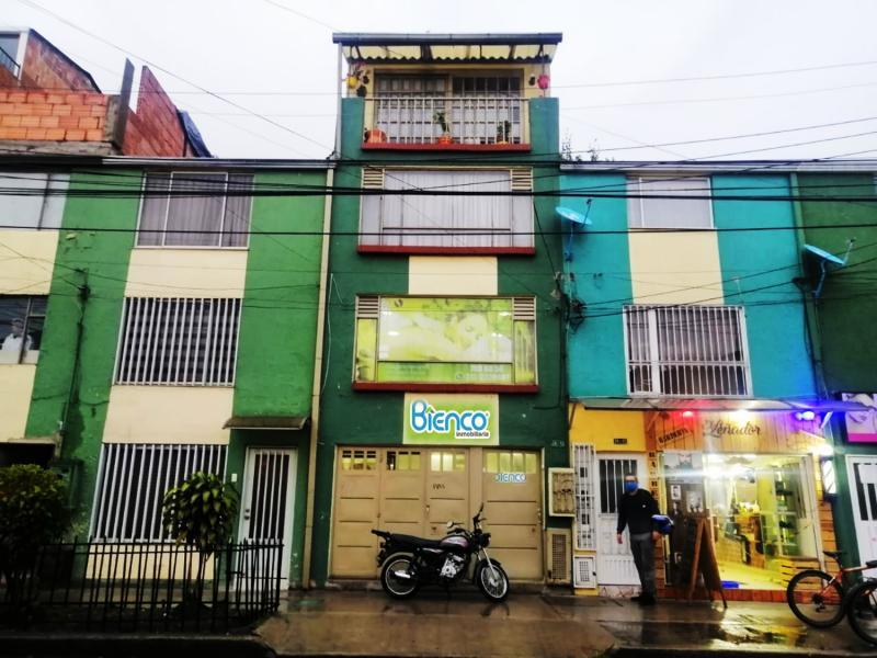 Local en Villas De Granada