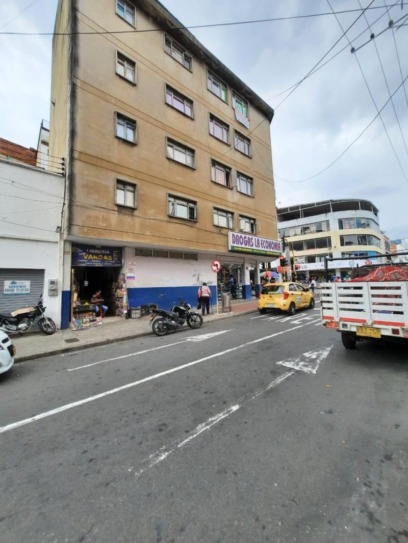 Imagen https://pictures.domus.la/inmobiliaria_301/92926_17_40397682.jpeg