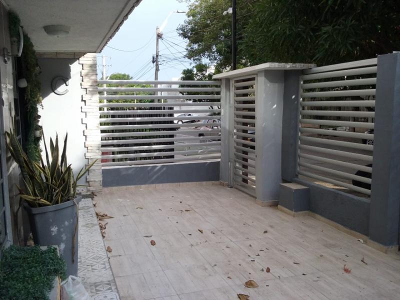 Imagen https://pictures.domus.la/inmobiliaria_301/92929_10_111106571.jpeg