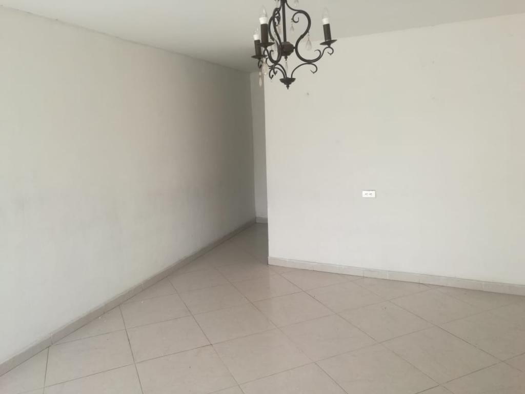 Imagen https://pictures.domus.la/inmobiliaria_301/93169_4_40864602.jpeg