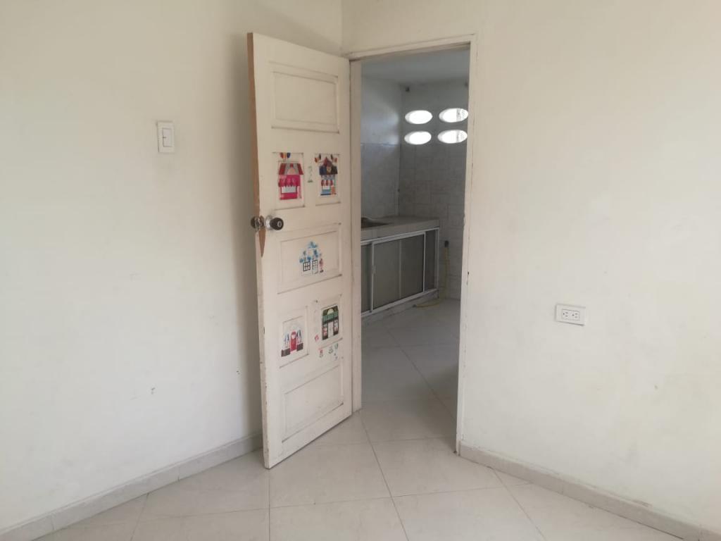 Imagen https://pictures.domus.la/inmobiliaria_301/93169_9_79571609.jpeg