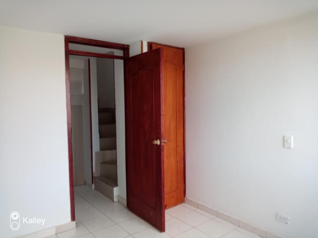 https://pictures.domus.la/inmobiliaria_50/3306_14_4050620.jpeg