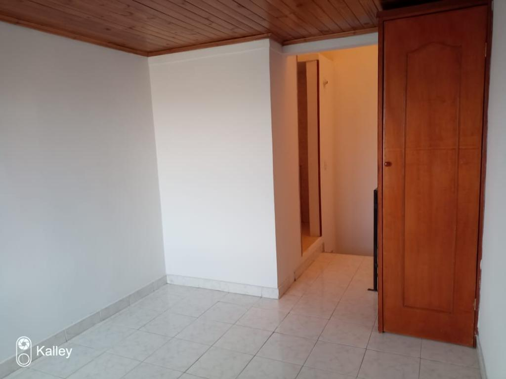https://pictures.domus.la/inmobiliaria_50/3306_2_52759247.jpeg
