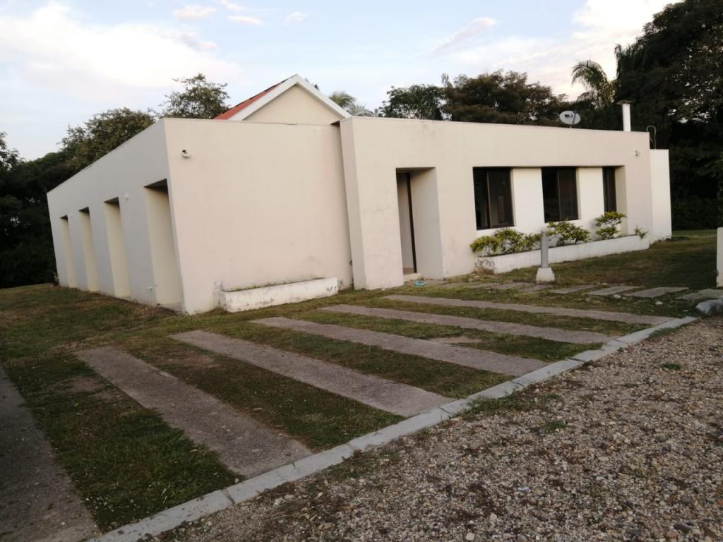 Foto Casa en Venta en Sur, Carmen De Apical�, Tolima - $ 435.000.000 - doVAAV1202 - BienesOnLine